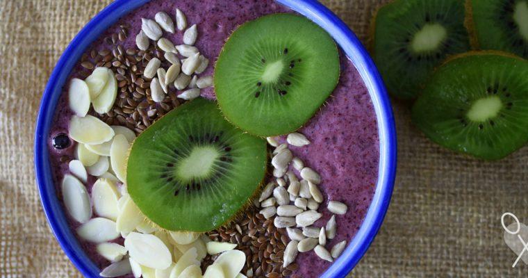 Batido de arándanos con semillas, especial para el desayuno